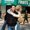 Still of Kate Hudson and John Corbett in Raising Helen