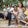Still of Don Cheadle and Sophie Okonedo in Hotel Rwanda