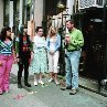 Still of Alexis Bledel, Ken Kwapis, Blake Lively, Amber Tamblyn and America Ferrera in The Sisterhood of the Traveling Pants